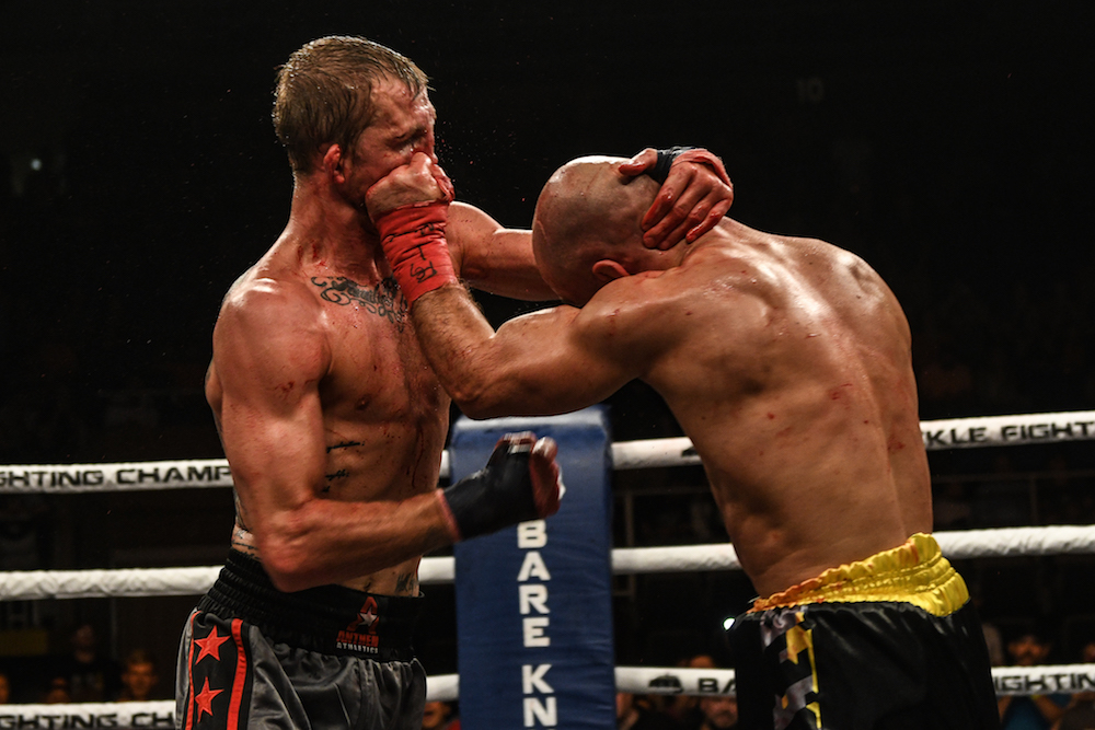 artem-lobov-vs-jason-knight19.jpg