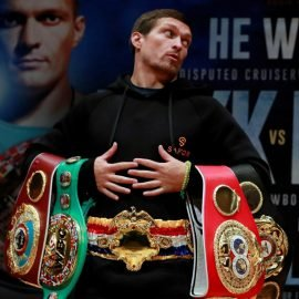 Aleksandr-Usyk-with-all-the-belts_Rankings-crop-270x270