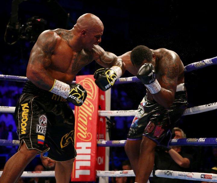 whyte-rivas-fight (26).jpg