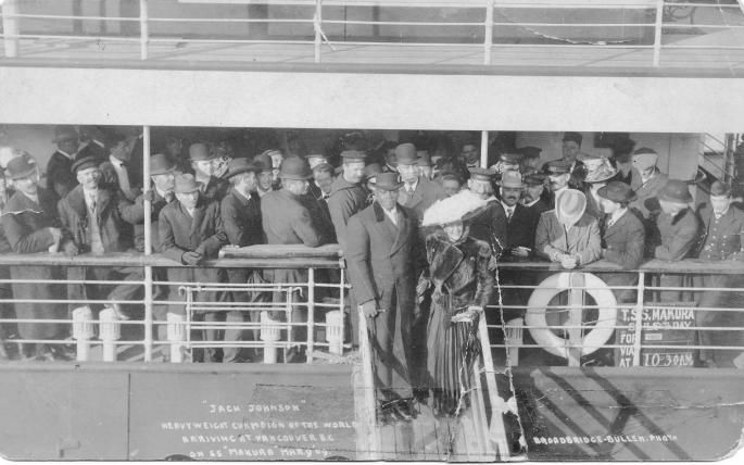 Jack_Johnson_March_1909_Vancouver_in_RMS_Makuta_(Etta_Terry_Duryea)