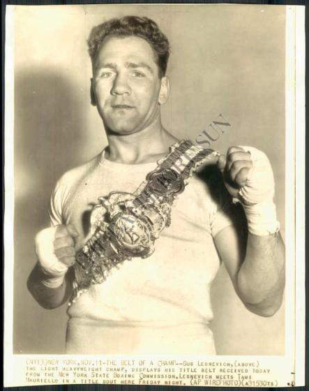 Russian-American_boxer_Gus_Lesnevich_champ