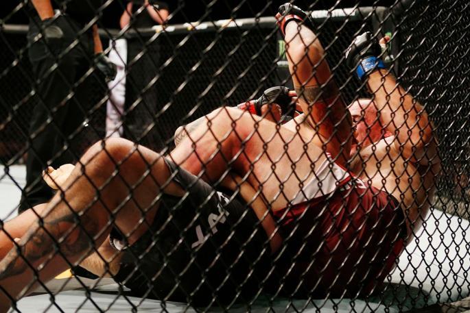UFC_FN_136_OL-KH3