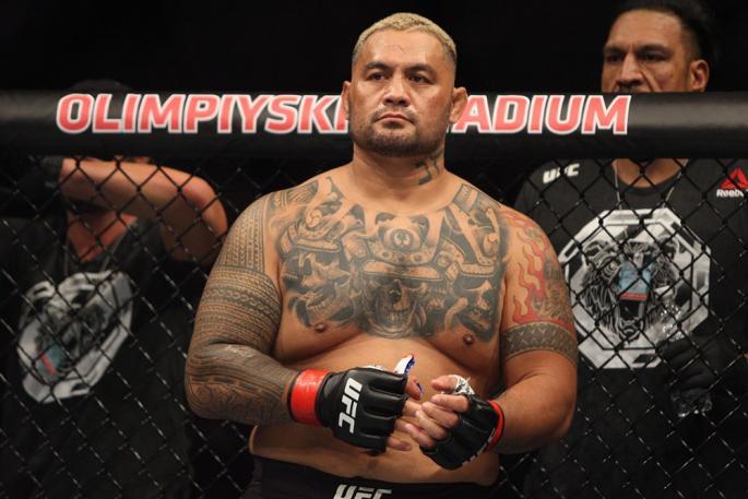 UFC_FN_136_OL-KH